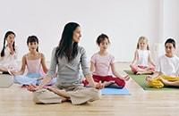 Йога для детей: особенности и преимущества практики