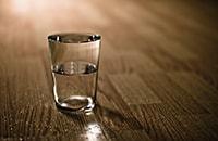 Как исполнить желание с помощью стакана и воды?