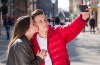 Как вести себя с влюбленным подростком? Советы родителям