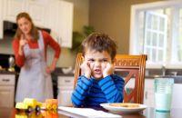 Почему дети не хотят слушать родителей и выполнять их поручения?