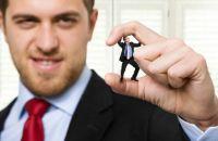 Травля на работе: как справиться с абьюзером?